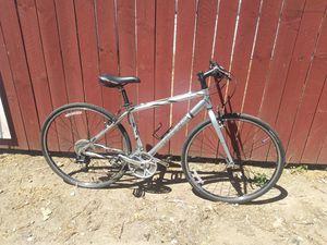 2005 trek 7300 fx road bike for Sale in Vallejo, CA