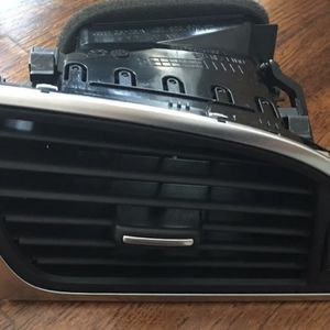 Audi A6 Dash Vent for Sale in McDonough, GA