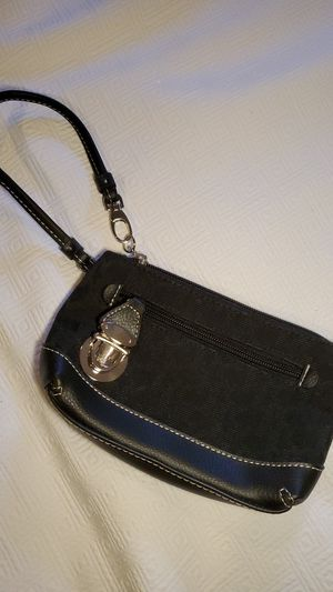 NY&CO Wristlet for Sale in Strongsville, OH