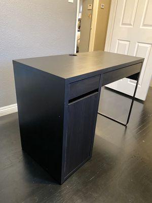 Computer Desk/Vanity Desk for Sale in Industry, CA