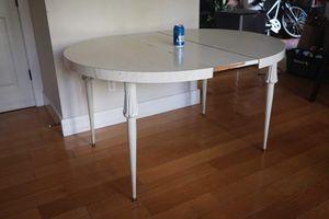 White dining table for Sale in Santa Cruz, CA