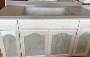 5ft kitchen cabinet & countertop for Sale in Culver City, CA