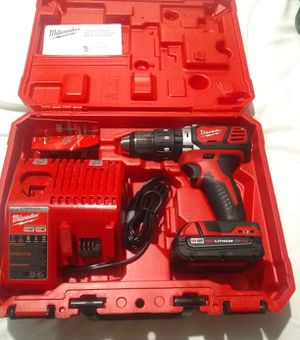 Milwaukee hammer drill with battery and charger for Sale in Pico Rivera, CA