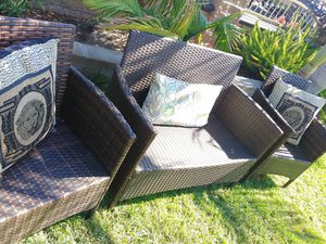 Wicker patio set , like new,$185 no delivery for Sale in Garden Grove, CA