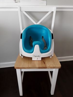 Booster seat/High chair for Sale in Salt Lake City, UT