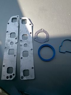 Header gaskets and intake gasket aftermarket new parts dodge Ram 1500 hemi for Sale in Houston, TX