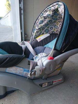 Graco click connect infant car seat with base for Sale in WDM, IA