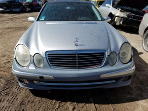 2003 MERCEDED E500 FOR PARTS for Sale in Houston, TX