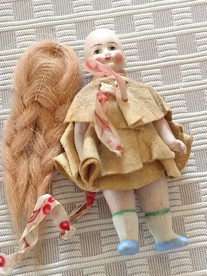 """Antique Jointed Bisque Doll 3.5"""" Germany Painted Face Leather Outfit Wig for Sale in Tacoma, WA"""