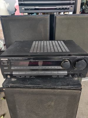 Kenwood Audio-Video Stereo Receiver KR-V7070, with 3 large speakers $150, or whole system with player $200.00 takes all. for Sale in West Jordan, UT