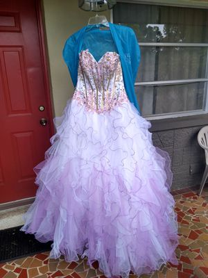 Beautiful wedding dress or prom dress size 6 for Sale in Tarpon Springs, FL