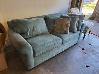 Teal Microfiber Pull Out Bed Couch for Sale in Decatur,  GA