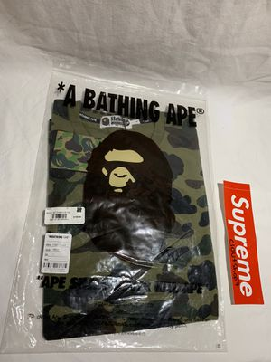 Bape 1st camo green long sleeve tee size L for Sale in Hatfield, PA