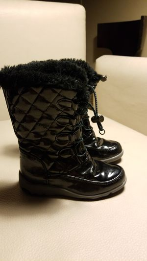 Snow boots kids size 10m black unisex for Sale in San Diego, CA