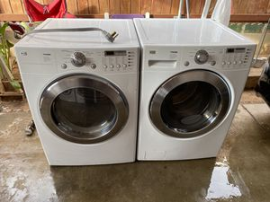 Lg Tromm washer and electric dryer for Sale in Riverside, CA