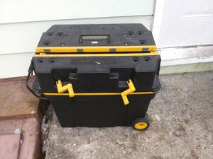 Rolling heavy duty tool box for Sale in Varna, IL