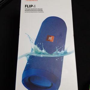 JBL flip 4 for Sale in Endicott, NY