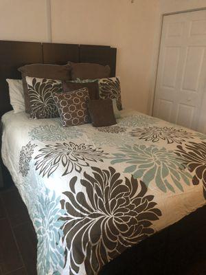Queen Bedding set for Sale in Davie, FL