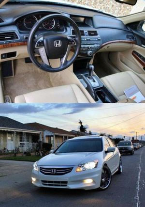 Price$1OOO Accord O8 Sedan for Sale in St. Louis, MO