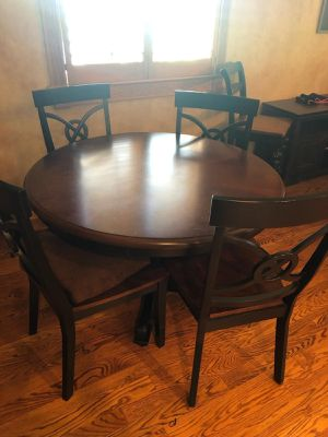 Kitchen table for Sale in Ellwood City, PA