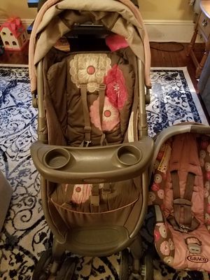Graco stroller and car seat set for Sale in GREENFILD Township, PA