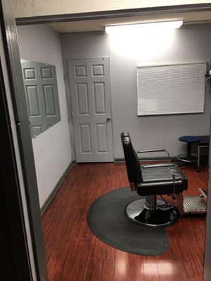 Great private working space .......750 monthly for Sale in Los Angeles, CA