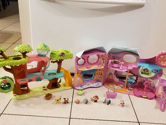 2 Littlest Petshop Playhouses 2 Houses and 7 Littlest Petshops for Sale in Miami,  FL
