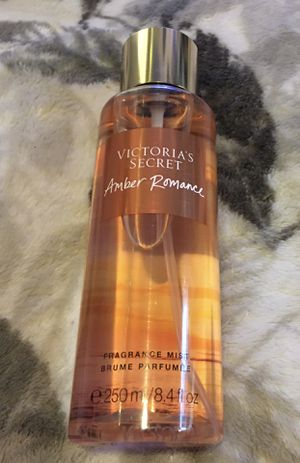 Victoria's Secret Amber Romance Mist (BRAND NEW) for Sale in Lemoore, CA