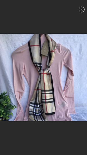 Burberry XS mock neck Long sleeve NWT for Sale in E RNCHO DMNGZ, CA
