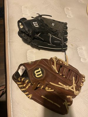 Wilson a800 baseball gloves for Sale in Los Angeles, CA