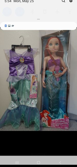 """💜NEW DISNEY ARIEL 32"""" TALL IN BOX WITH DRESS UP 💜 for Sale in Fontana, CA"""