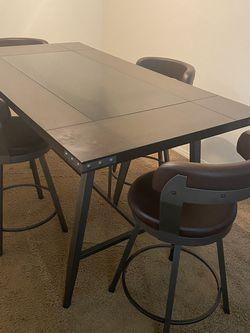 Table for Sale in South Jordan,  UT
