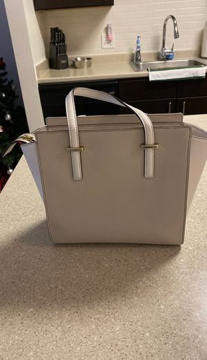 Kate Spade purse for Sale in Englewood, NJ