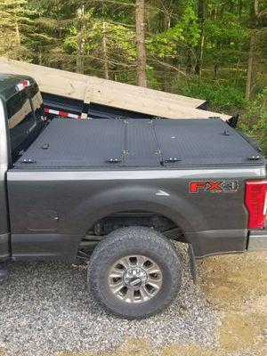 Diamondback Truck Cover for Sale in Apollo, PA