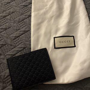 Men's Gucci Wallet for Sale in Santa Fe Springs, CA