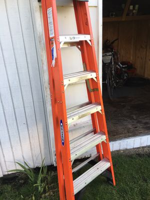 6 ft step ladder for Sale in Moon, PA