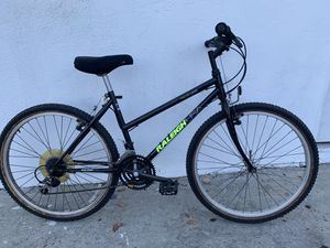 Small frame Raleigh mountain bike for Sale in San Diego, CA