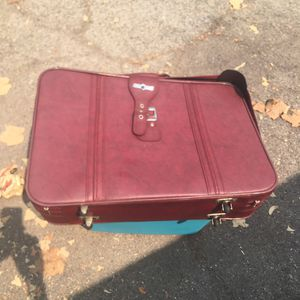 Suitcase set with garment bag and tote for Sale in San Gabriel, CA