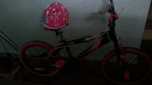 bike and helmet for girl in good condition $ 25.00 for Sale in East Saint Louis, IL