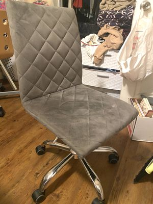 Desk chair for Sale in Paramount, CA