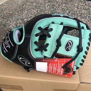 Rawlings Pro Preferred Infield Glove - NEW for Sale in Duvall, WA