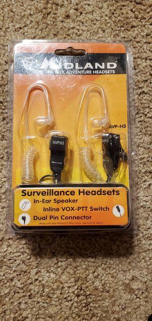 Midland seveillance headset and Motorola radios for Sale in Redmond, OR