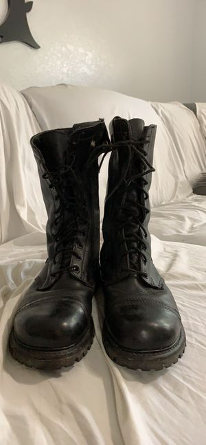 Black compact boots for Sale in Port Charlotte, FL