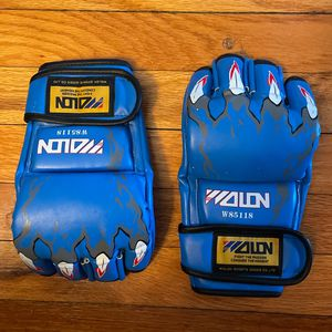 Wolon Half Finger Kickboxing Gloves for Sale in Queens, NY