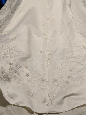 Wedding dress for Sale in Rochester, MN