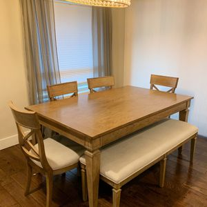 Wooden 6pc Dining Room Table for Sale in Bothell, WA