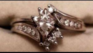 ❤Vintage Estate 10K solid white gold 1CTW diamond ring size 6❤ for Sale in Lake Stevens, WA