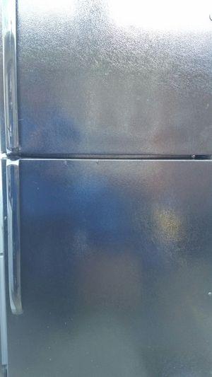 Black refrigerator top freezer for Sale in Alexandria, VA
