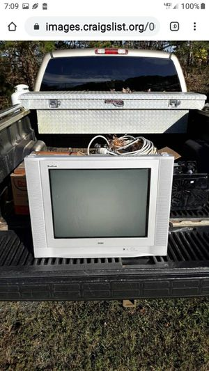 RCA COLOR OLD TYPE FLAT SCREEN for Sale in Lynchburg, VA