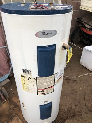Electric water heater $180 obo see another pictures works fine for Sale in Phoenix, AZ